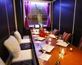 世界各国壁画のある個室6名席