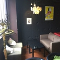 【3F】カフェの様な、ゆったりくつろげるソファー席ご用意しています!