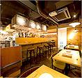 ヴィーニデルチエロはオープン当初から毎月、名古屋の有名レストランのシェフに料理指導をして頂いています。シェフはシチリアでの修業経験あり。