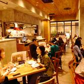 【ディナー時のお写真】半貸切OKお店の左手側スペースは最大30名様の貸切OK♪詳しくはお問合せください。