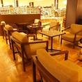 TSUTAYA店内スペース テーブル席