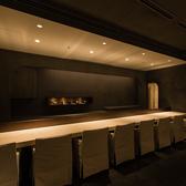 常連様からもご好評頂いている、カウンター席を8席ご用意しております。ごゆっくりとお食事をお愉しみください。
