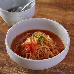 料理メニュー写真トマト冷麺