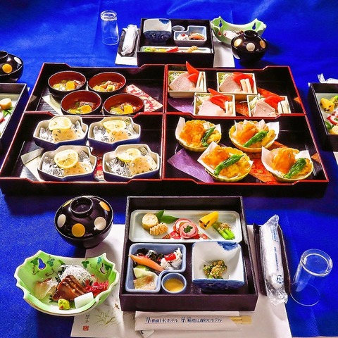 各種宴会、親族のお集まりに◎2H飲み放題付コースは5000円/6000円/7000円