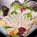 料理メニュー写真【平目一匹活き造り】…釣ると950円お得★