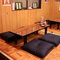 2階:4名様のお座敷席です。飲み会、女子会、宴会、大宴会、どんなシーンでもご利用いただけます。