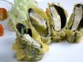 料理メニュー写真粟麩(あわふ)とのりとチーズの湯葉包み揚げ