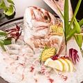 料理メニュー写真【鯛一本活き造り】…釣ると850円お得★