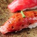 料理メニュー写真鹿児島牛 炙り一口寿司(一個)