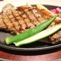 料理メニュー写真若姫牛ロースステーキ(250g)