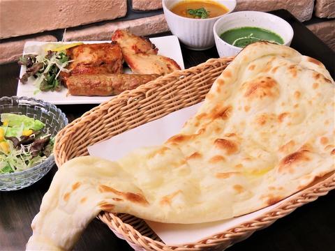 本格ネパール料理が楽しめる高松市昭和町のカフェ♪ナンやカレーが大人気!!