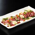 料理メニュー写真馬刺し肉寿司