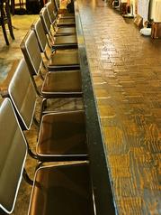 ぷらっと一人で立ち寄りたい時でも、カウンターのお席をご用意しておりますので大丈夫♪
