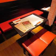 テーブル席もご用意ございます!