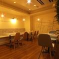 店内奥の半個室スペース…8名~24名までまとまった人数での利用にもおすすめ。