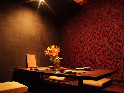 「和」と「洋」趣が異なる15の美しい個室があるプレミアムダイニング☆