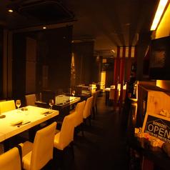溶岩焼肉ダイニング bonbori 新宿店の雰囲気1