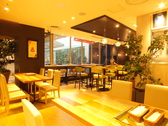 TEXACO CAFE AND TABLE HOMELLAの雰囲気2