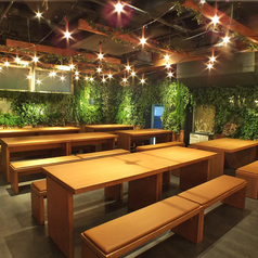 開放的な店内なので自然と宴会が楽しくなります!町田店のテーブルはアレンジ可能なので少人数での宴会、大人数での宴会どちらも対応いたします!宴会をされる際に人数のことや食べ放題のメニューに関してやご要望などがございましたらお気軽にお問い合わせください。