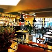 イタリアンカフェ DEARFROMの雰囲気3