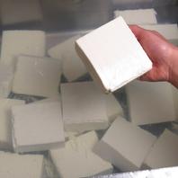 美味しいお豆腐を毎日手作りしています。