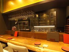 職人の技が見えるカウンター席はお一人様でのご利用も大歓迎◎旬の逸品を美味しいお酒とともに…仕事帰りの一杯にいかがでしょうか。