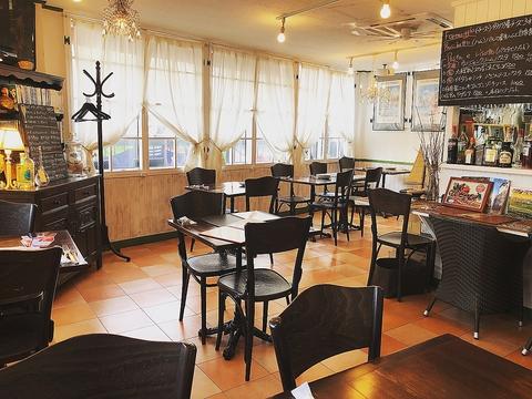 五反田の隠れ家洋食店【ボトルワイン2800円から】自然派ワイン始めました
