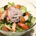 料理メニュー写真たっぷりサラダ