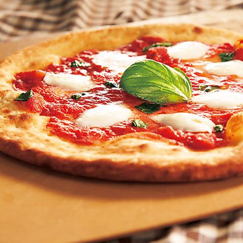 3時間飲み放題+お料理5品 特製ピザ食べ放題コース 5,000円→3,980円