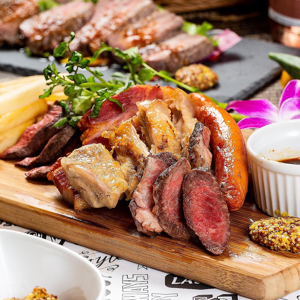道産和牛とジンギスカンの肉バル Meat MaMa -ミートママ- すすきの店|店舗イメージ9