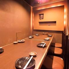 最大12名までOKのテーブル個室。人気のため事前予約がおススメです♪