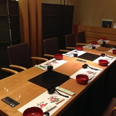 【10名様用個室】お鍋や会席など、ちょっと高単価な宴会でも気兼ねなく会に集中できます。