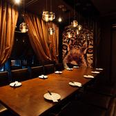新宿の夜景が一望できる個室は大人気のため早めの予約がオススメです♪