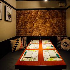 オイル ハーブ ワイン 肉 びすとろMASA 大門 浜松町店の雰囲気1