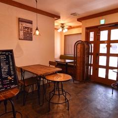 鉄板と洋食のお店 ログバルの雰囲気1