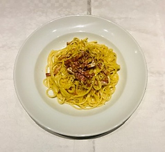 料理メニュー写真カルボナーラ