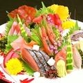料理メニュー写真◆地産地消がコンセプト!新潟鮮魚のお造り盛り合わせ