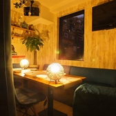 ◆ソファー席半個室(6名~10名様)◆リッチな気分にさせてくれる半個室は10名様まで対応。普段使いはもちろん、合コンの場としても人気です。他のお席とはカーテンで仕切ることが可能!