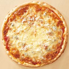 4種のチーズピザ(メープルシロップ添え)