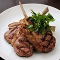 料理メニュー写真ヴィクトリア産子羊のロースト (400g)