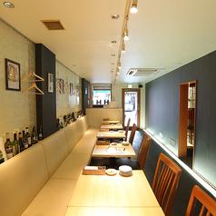 オマール海老とワイン酒場 アルヴェーレ Al Vereの雰囲気1