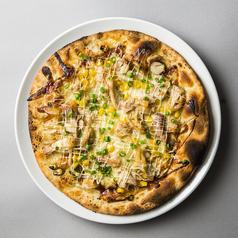 料理メニュー写真特旨!照り焼きチキンのピッツァ
