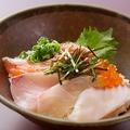料理メニュー写真旬魚の海鮮丼