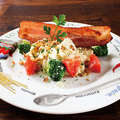 料理メニュー写真アメリカンポテトサラダonベーコン