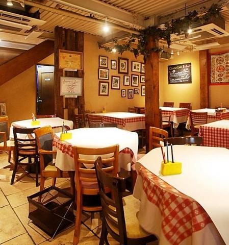 熟成ステーキと炭火チーズフォンデュとワイン♪【チーズカフェ】横浜駅西口徒歩5分