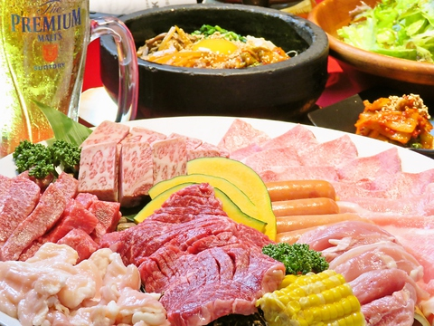 コースはお手頃な2990円(税抜)~ご用意!ご宴会のご予約も随時承り中です!