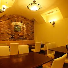 お洒落な空間でお食事を楽しむ♪ランチでもディナーでも◎な雰囲気抜群のお席です。