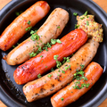 料理メニュー写真3種ソーセージのグリル