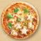 ハーフ&ハーフ:マルゲリータ&もちポテマヨコーンピザ