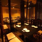温かみのある照明が、落ち着き感を程よく演出…!!食べ放題飲み放題の中華をお楽しみください!!